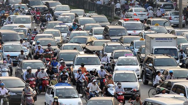 Cuộc chiến giá xe 2018: Nội hay ngoại giành ưu thế sau mốc 1/1?