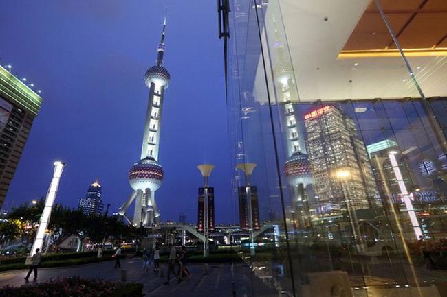 Dự trữ ngoại hối tăng, Trung Quốc mạnh tay mua nợ Mỹ