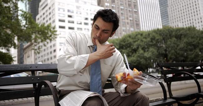 Nhân viên văn phòng: Dù có bận đến đâu cũng phải thực hiện 3 điều này mỗi ngày để bảo vệ sức khỏe