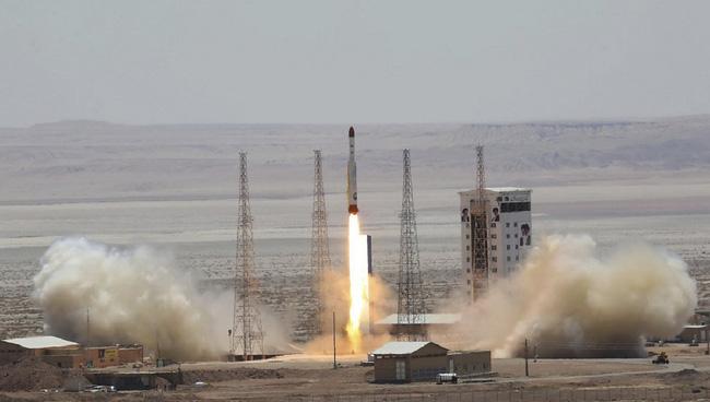 Tình báo Mỹ phản pháo vụ thử tên lửa đạn đạo của Iran