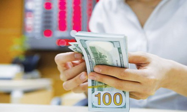 Lãi suất cho vay USD tiếp tục tăng