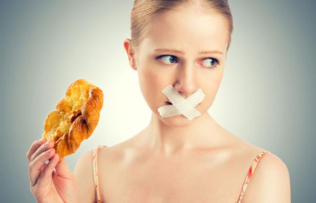6 loại thực phẩm tuyệt đối không được ăn dù đang đói thế nào