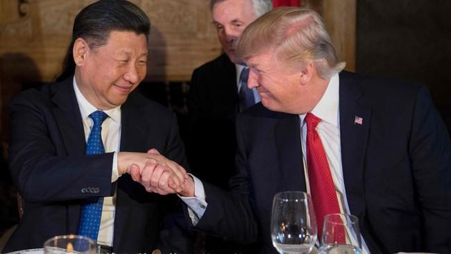 Ông Trump tuyên bố Trung Quốc không thao túng tiền tệ, đồng USD giảm mạnh