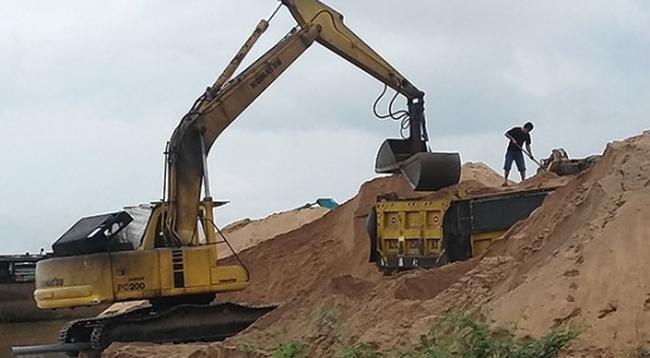 Nguồn cung giảm mạnh, giá cát tăng vọt