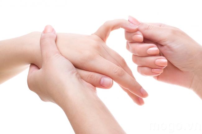 Sống khoẻ hơn nhờ phương pháp massage ngón tay của người Nhật