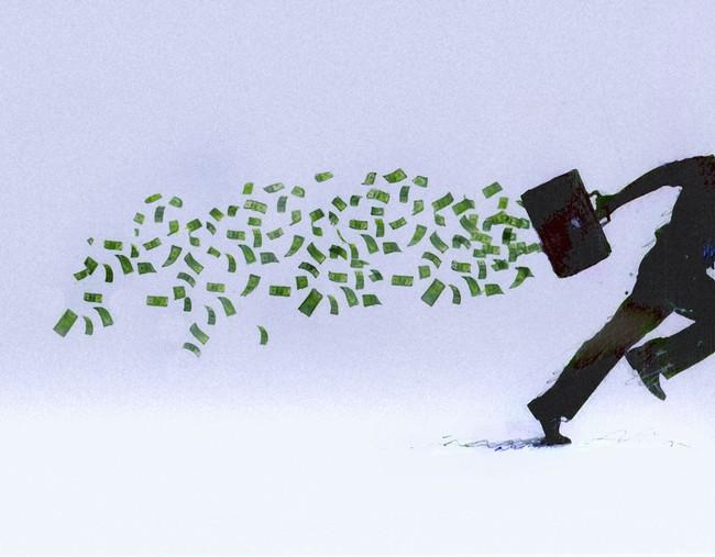 Bất chấp kết quả kinh doanh thăng hoa, nhiều cổ phiếu giảm sâu