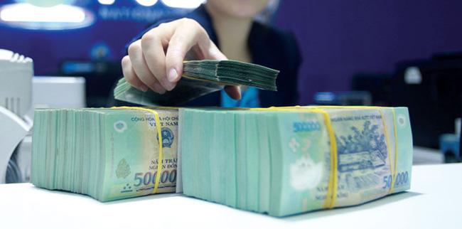 Lo tín dụng bùng nổ sẽ tạo ra rủi ro mới cho ngân hàng