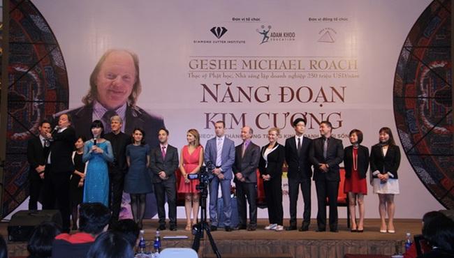 Tiến sĩ phật học Geshe Michael Roach đến Việt Nam chia sẻ về thiền