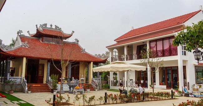 Cận cảnh cơ ngơi gần 2000m2 của ca sĩ Việt Hoàn