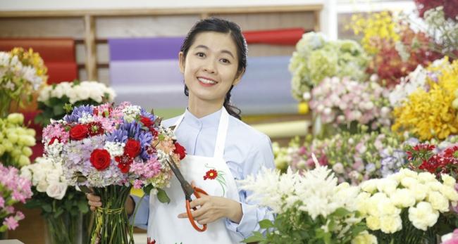 Anh kỹ sư IT Lâm Đồng khởi nghiệp bằng điện hoa vừa nhận 1 triệu USD đầu tư từ Hà Lan, sẵn sàng đưa hoa Việt ra thế giới