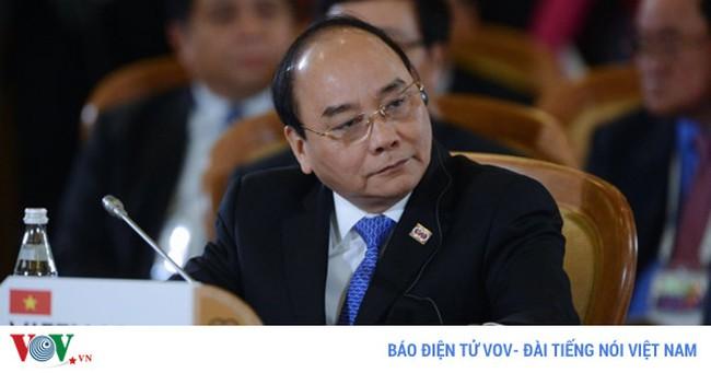 Thủ tướng Nguyễn Xuân Phúc lên đường sang Campuchia dự WEF- ASEAN