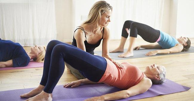 6 tư thế yoga giúp giảm đau hông hiệu quả mà vô cùng đơn giản để thực hiện