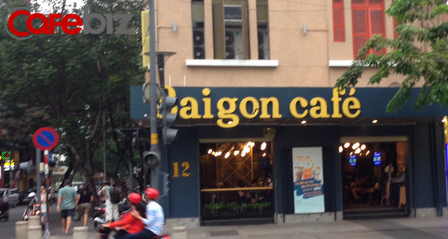 Sau The KAfe, Gloria Jean's, đến lượt chuỗi Saigon Cafe đình đám một thời đóng cửa hàng loạt, chỉ sau chưa đầy 1 năm hoạt động