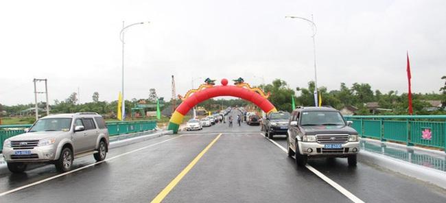 Thông xe cầu Thành cổ ở Quảng Trị