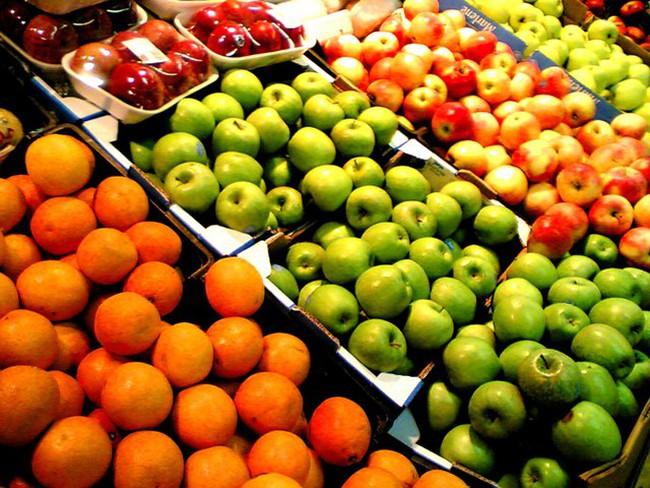 Nghịch lý nhập khẩu rau củ, trái cây