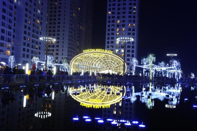 Vì sao Vingroup vượt Ôtô Trường Hải trở thành doanh nghiệp tư nhân lớn nhất Việt Nam?