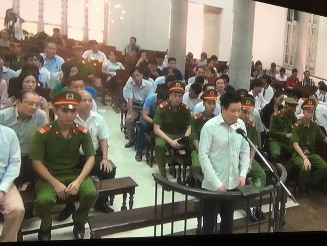 Hà Văn Thắm: Thuyền trưởng đã bị ngã, xin lỗi đã làm tan nát bao gia đình