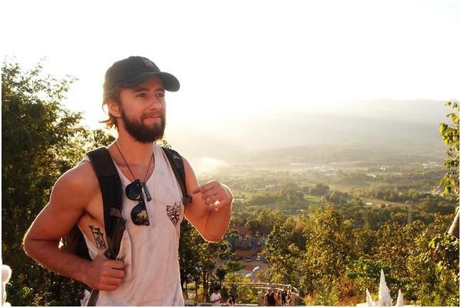 Nghỉ hưu sớm và đi du lịch vòng quanh thế giới, chàng trai 26 tuổi chia sẻ bí quyết tiết kiệm 50% thu nhập mà ai cũng có thể thực hiện được
