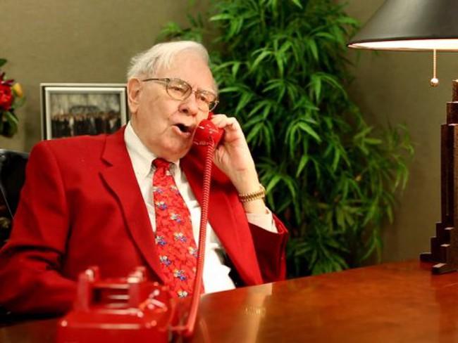 Mua cổ phiếu từ năm 11 tuổi và những chuyện chưa kể về cuộc đời kỳ lạ của tỷ phú Warren Buffett