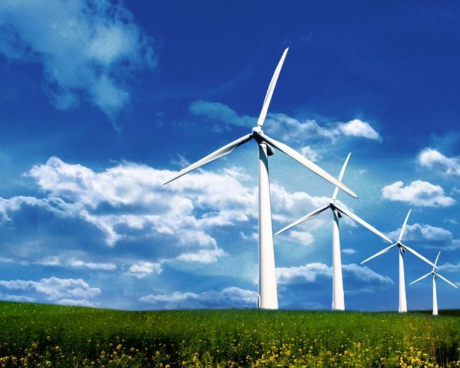 Nước xuất khẩu dầu mỏ lớn nhất thế giới đang chuyển sang dùng năng lượng mặt trời và năng lượng gió