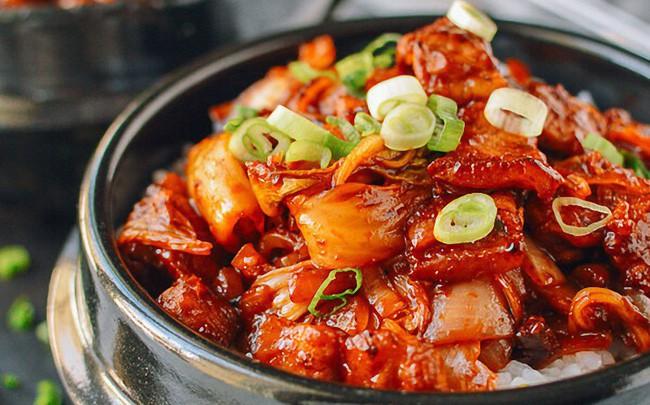5 món ngon nóng hổi nấu siêu nhanh cho bữa tối ngày lạnh thêm hương vị
