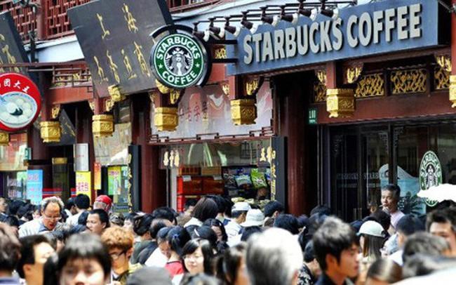 Tại sao thị trường cafe của Trung Quốc lại là mỏ vàng đối với Coca-cola và tỷ phú Bill Ackman?