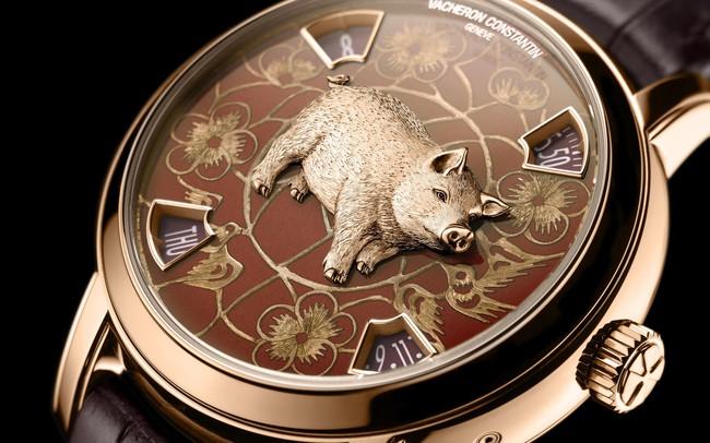 """Hai mẫu đồng hồ chào đón năm mới Kỷ Hợi chinh phục giới thượng lưu: Biểu tượng """"lợn vàng"""" xuất hiện đầy ấn tượng!"""
