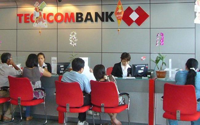 """Techcombank vượt qua Vietcombank trở thành ngân hàng có nhân sự """"kiếm tiền giỏi nhất"""""""
