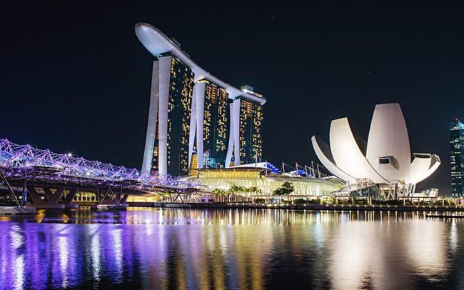 Lý do bất ngờ khiến Singapore trở thành thành phố đắt đỏ nhất thế giới
