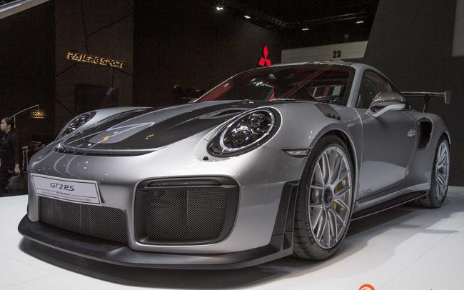 Siêu xe mạnh mẽ nhất lịch sử Porsche xuất hiện tại triển lãm ô tô lớn nhất Đông Nam Á