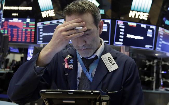 Sắc xanh trở lại, chứng khoán Mỹ vẫn trải qua quý sụt điểm đầu tiên sau gần 10 năm