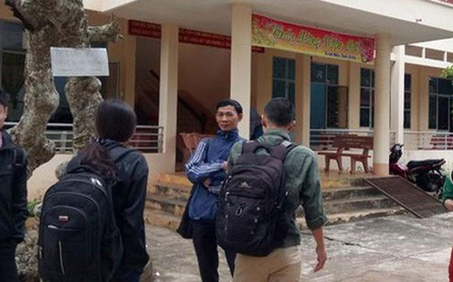 Vì sao Đắk Lắk đề nghị tạm dừng đưa tin vụ tuyển thừa 500 giáo viên?