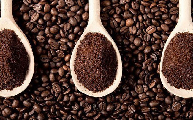 Cà phê thế giới rớt thảm, giá cà phê nhân xô trong nước giảm xuống còn 35,4 đến 35,8 triệu đồng/tấn