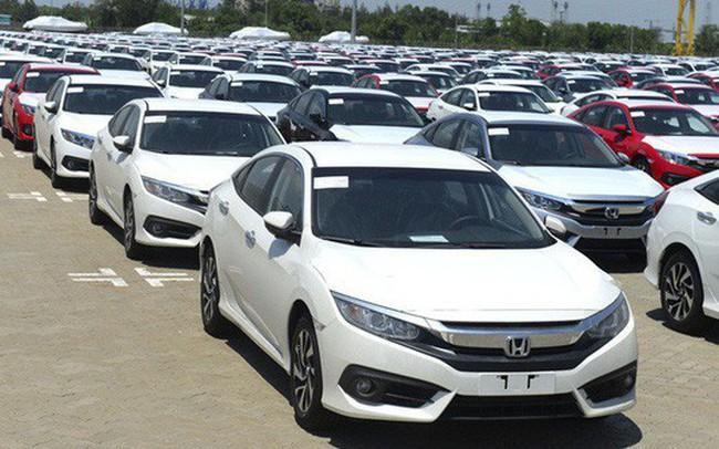 """Vẫn còn """"lênh đênh"""", nhập khẩu ôtô nguyên chiếc bất ngờ suy giảm"""