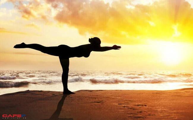 7 lợi ích khi tập Yoga trong căn phòng nhiệt gần 40 độ C