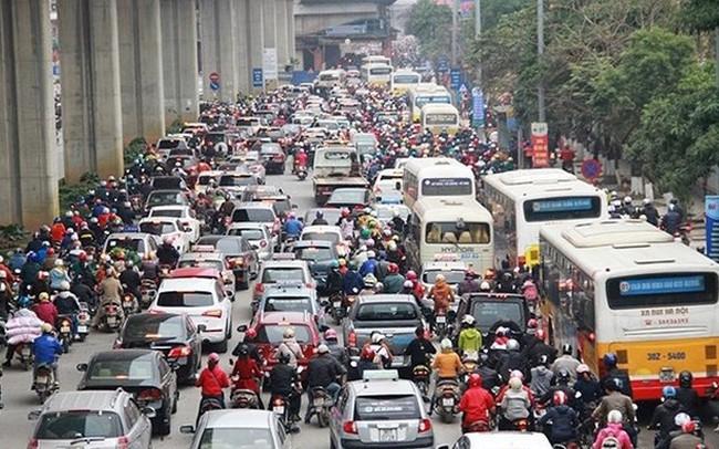 Tranh cãi đề xuất mở làn riêng cho xe buýt ở Hà Nội