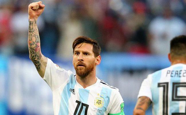 """""""50 sắc thái"""" của Lionel Messi trong trận thắng kịch tính Nigeria"""