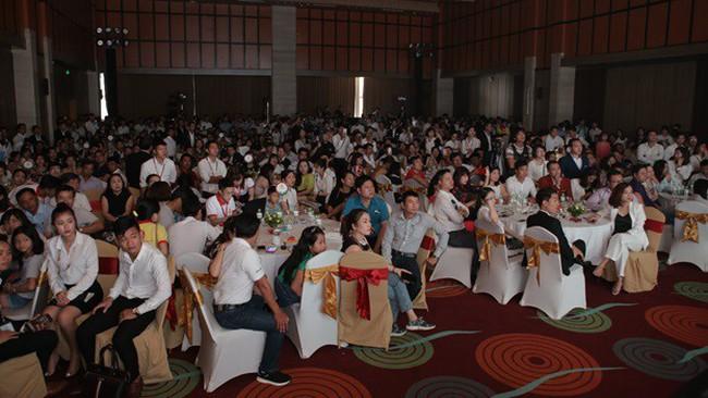 Khách hàng Thủ đô chờ đón sự kiện giới thiệu Eco Charm Premier Island