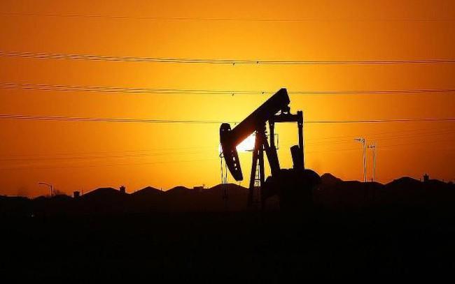 """Giá dầu đang lên, công ty khai thác lớn nhất thế giới quyết định """"bỏ cuộc"""" mảng kinh doanh dầu đá phiến"""