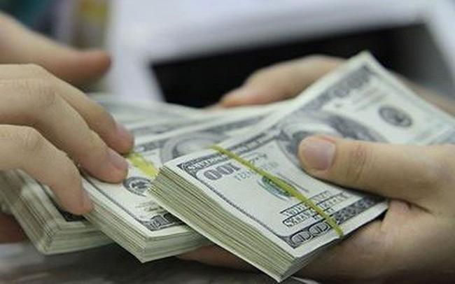Tỷ giá ngân hàng đã ổn định, USD tự do bật tăng trở lại
