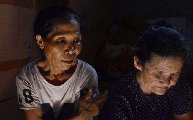 Xóm trọ nghèo không quạt, không điều hòa ở Hà Nội: Ban ngày đi khỏi nhà, ban đêm phải đổ nước lên giường mới ngủ được