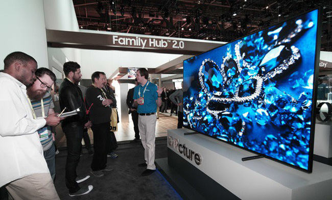 Samsung tiếp tục đẩy mạnh sự thống lĩnh thị trường TV cao cấp bằng dòng sản phẩm mới