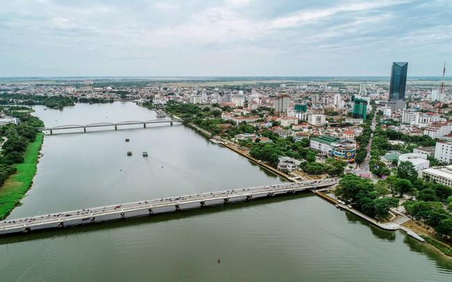Toàn cảnh dự án cầu đi bộ siêu sang lát gỗ lim gần 53 tỷ đồng ở Huế