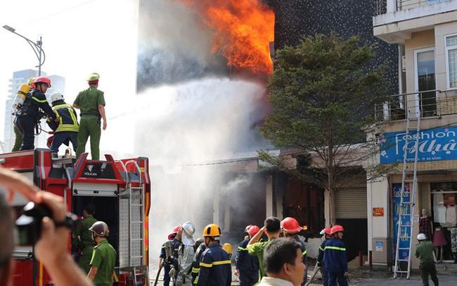 Triệu tập 2 công nhân gò hàn liên quan vụ cháy vũ trường Leo ở Đà Nẵng
