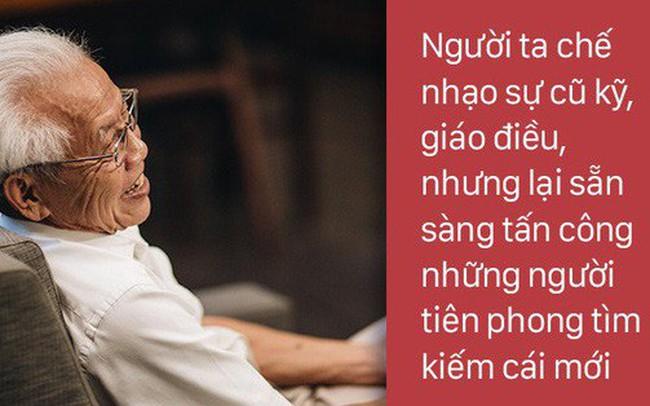 Quyển sách của thầy Đại hay ngôi trường của Tottochan: Tại sao ta chế nhạo sự cũ kỹ, giáo điều nhưng lại tấn công những thay đổi giúp cuộc sống tốt đẹp hơn?