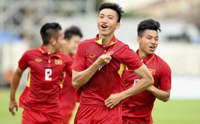 """HLV Hoàng Anh Tuấn: """"U19 Việt Nam để dành Đoàn Văn Hậu cho đội tuyển Quốc gia"""""""