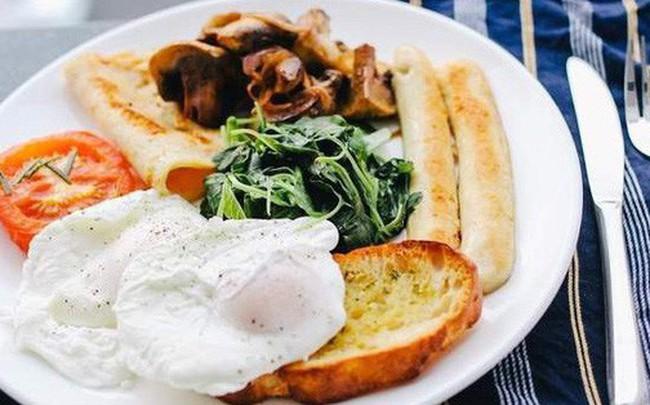 Một nghiên cứu kéo dài 25 năm kết luận chế độ ăn low-carb sẽ khiến bạn giảm tuổi thọ