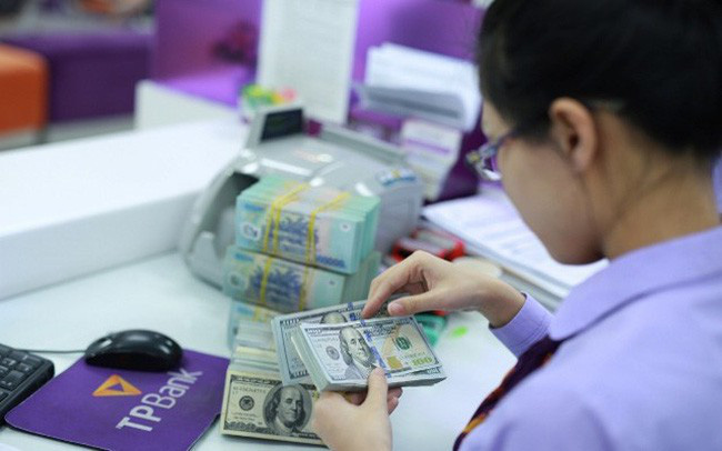 Sau kỳ nghỉ Lễ 2/9, tỷ giá trung tâm tăng 10 đồng