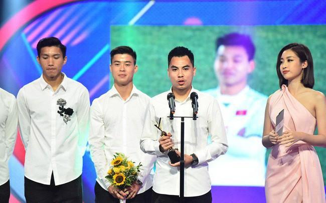 VTV Award 2018: Táo Quân đột ngột xuất hiện, U23 và bé Bôm đoạt giải thưởng quan trọng