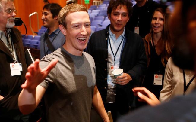 Facebook bị thổi bay 25 tỷ USD vốn hóa vì thay đổi giao diện nhưng các chuyên gia đánh giá đây là điều tốt